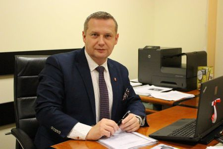 Zdjęcie przedstawia Burmistrza Miasta Koła Krzysztofa Witkowskiego